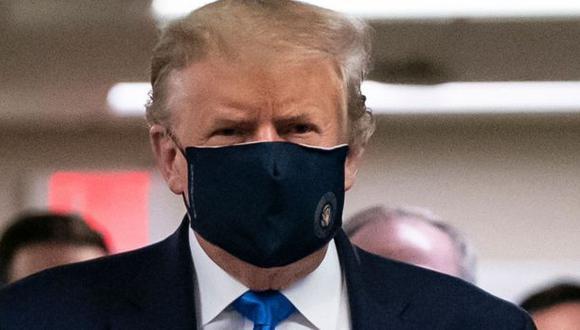Trump ya ha usado mascarilla en púiblico, lo cual parecía impensable hace unas semanas. (GETTY IMAGES).