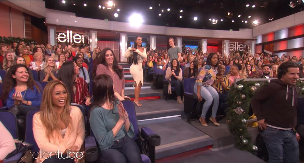 Kim Kardashian pasó un gran susto en el programa de Ellen DeGeneres. (Foto: Captura de video)