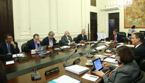 Gabinete Cornejo sesiona en Palacio de Gobierno