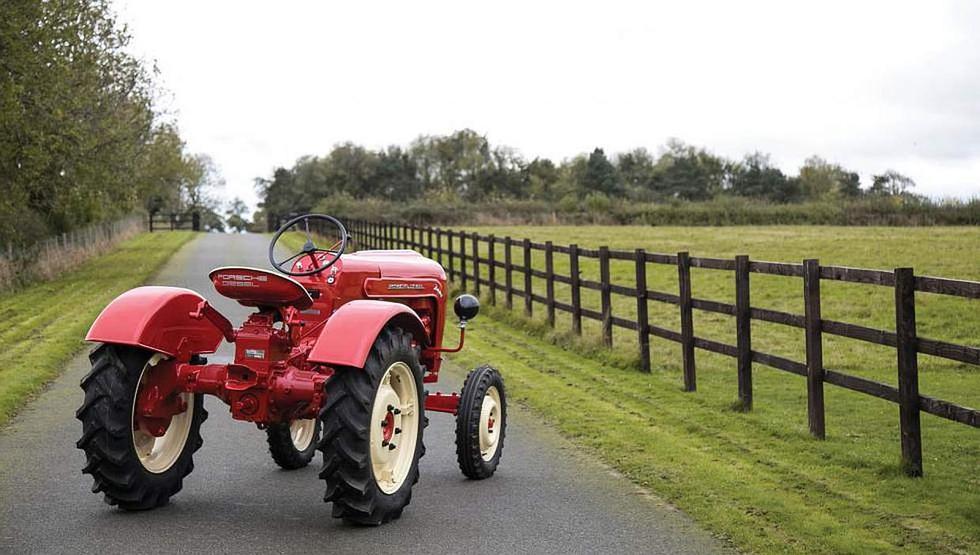 Tractor de Porsche a subasta