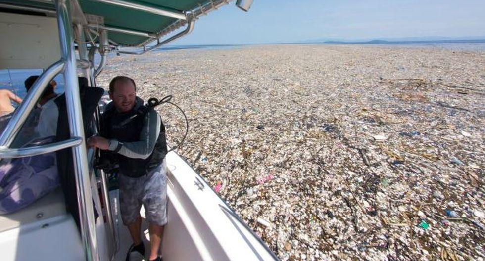 Esta área de basura es descrita a menudo como una masa o una isla, aunque en realidad es una zona con una gran concentración de plástico que aumenta a medida que uno se aproxima a su centro. (Foto: Facebook)