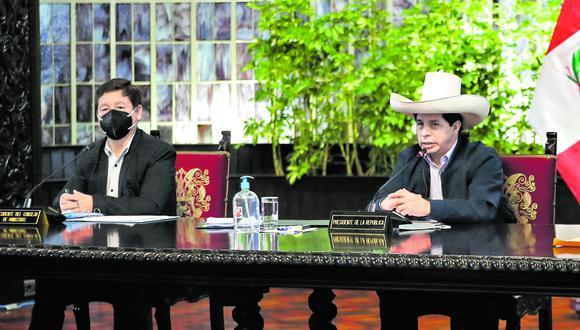 La reunión se realiza este lunes desde las 8:00 p.m. en Palacio de Gobierno. Cita se da luego de oficializar iniciativa de renegociar con Pluspetrol el reparto de utilidades del gas de Camisea. (Foto: PCM)
