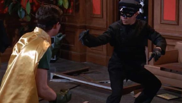 Durante las grabaciones del crossover Batman-Green Hornet se presentó un problema con Bruce Lee, específicamente, en la escena que los héroes se enfrentan (Foto: ABC)