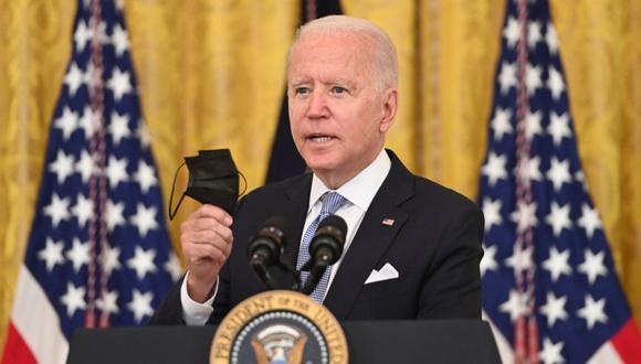 El presidente de los Estados Unidos, Joe Biden, habla sobre las vacunas de Covid en el East Room de la Casa Blanca en Washington, DC. (Foto: SAUL LOEB / AFP).