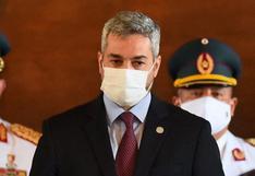 Presidente de Paraguay recibe vacuna tras el primer día sin muertes por coronavirus