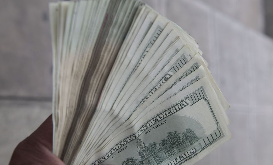 En la víspera, el precio del dólar se depreció un 3.42% tras las celebraciones por la realización de la cumbre G20. (Foto: GEC)