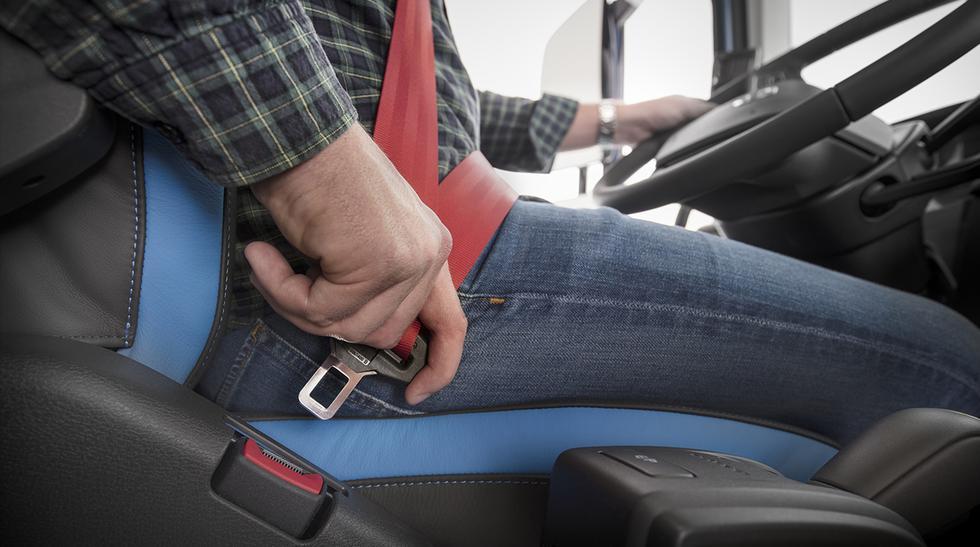 Según la OMS, el uso del cinturón reduce el riesgo de consecuencias fatales hasta en un 50%.