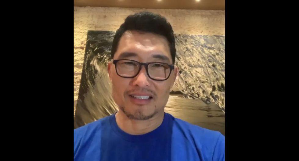 """Daniel Dae Kim - El actor conocido por sus papeles en """"Lost"""" y """"Hawaii Five-0"""" reveló que estaba infectado por el virus y que descansaba en su hogar en Hawaii. (Foto: Twitter)"""