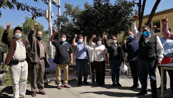 Trabajadores radicalizaron su medida después de haber realizado plantones frente a la Diresa (Foto: Carlos Peña/ EC)