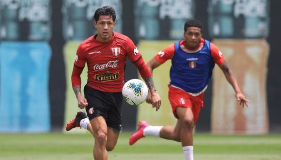 Gianluca Lapadula confía en remontar la situación con la selección peruana. (Foto: EFE)