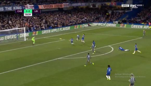 Jamie Vardy colocó un golazo para abrir el marcador en el Chelsea vs. Leicester por una nueva fecha de la Premier League (Foto: captura de pantalla)