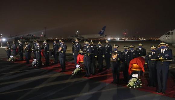 La ceremonia se realizó en el Grupo Aéreo N°8. (Foto: Ministerio de Defensa)
