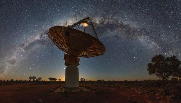 """Los científicos utilizaron una red de radiotelescopios para detectar la """"materia faltante"""". (CSIRO)"""