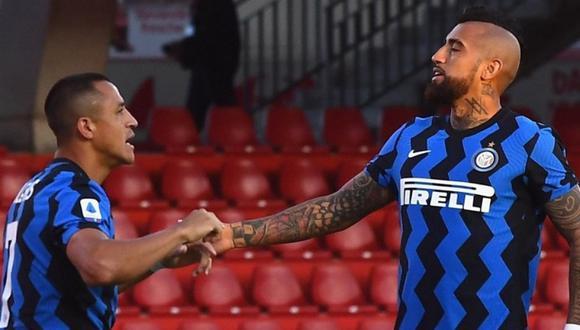 Arturo Vidal y Alexis Sánchez no continuarían en el Inter de Milán, según prensa italiana.
