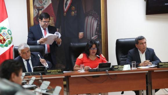Comisión de Ética Parlamentaria sesionó para abordar la denuncia contra Roberto Vieira. (Foto: GEC)
