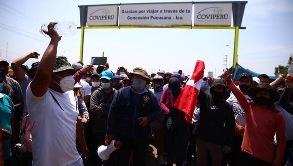 Trabajadores agroindustriales exigen la derogatoria de la Ley de Promoción Agraria porque denuncian que les recorta derechos laborales. (Foto: Hugo Curotto / @photo.gec)