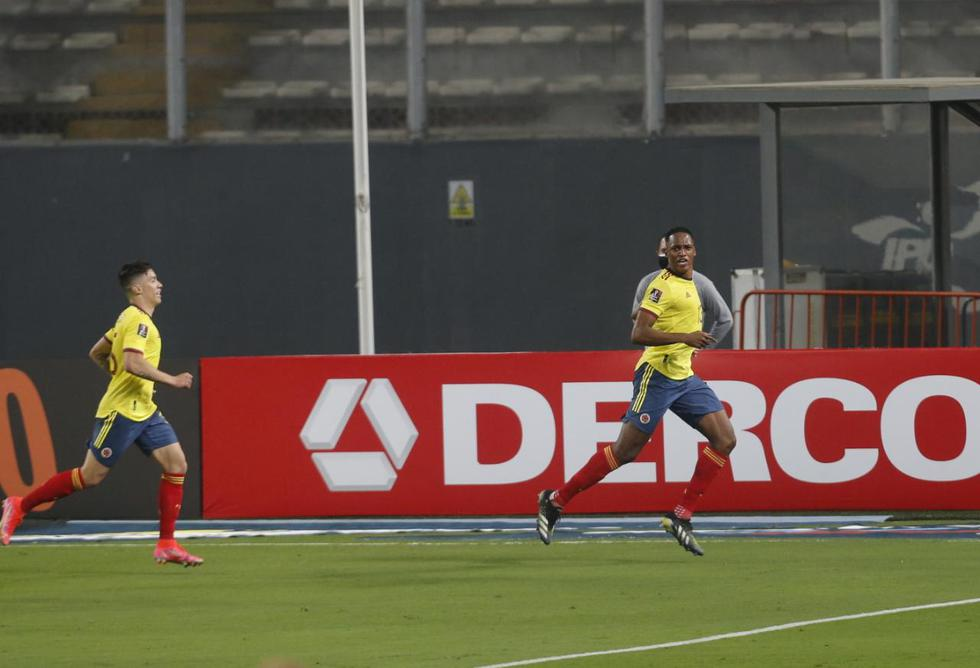Colombia vapuleó a Perú por las Eliminatorias Qatar 2022   Fotos: Violeta Ayasta / @photo.gec