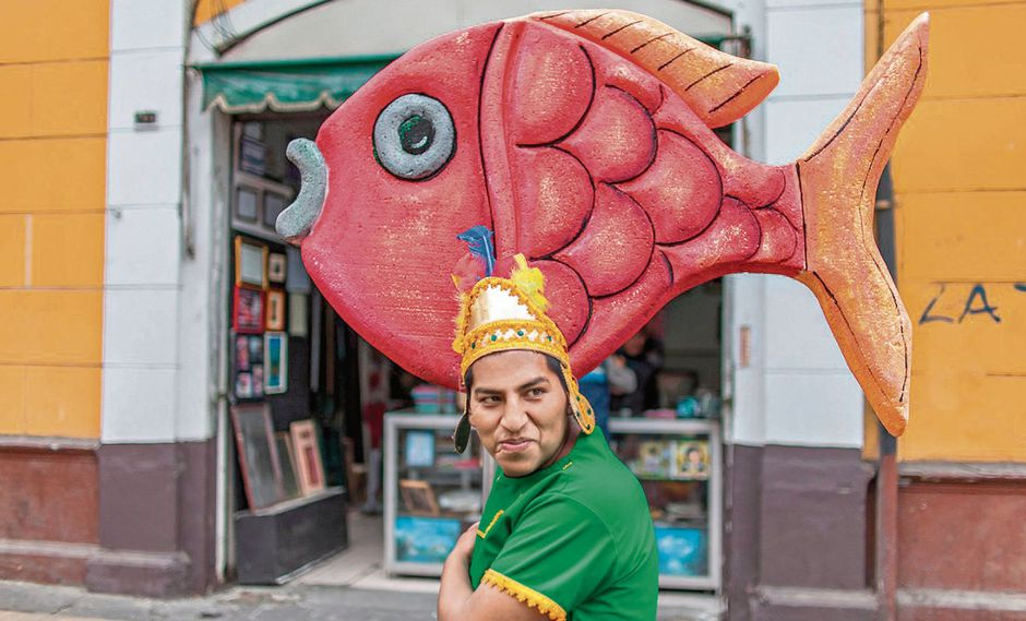 """Artistas de la fotografía documental repasan 30 años de identidad nacional en muestra """"El ojo cholo"""", del Monumental Callao. (Foto: Fidel Carrillo)"""
