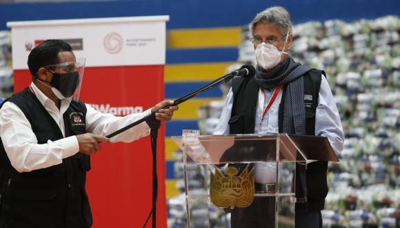 El presidente Sagasti detalló que luego seguirán con las personas que tienen enfermedades que no son genéticas, pero que sí son de alto riesgo   Foto: Jorge Cerdan / @photo.gec