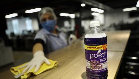 Los antibacteriales Poett fueron contaminados con bacterias. (Foto: Joel Alonzo/GEC)