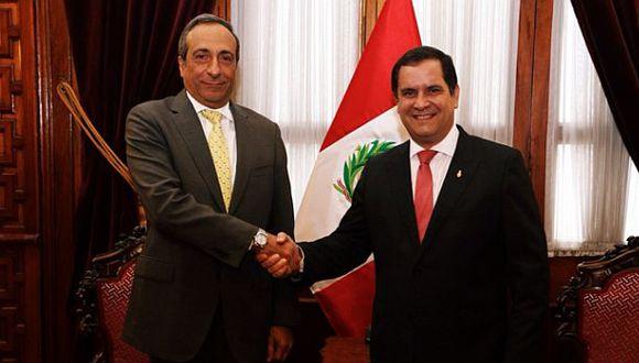 Presentan iniciativas anticorrupción para la inversión privada