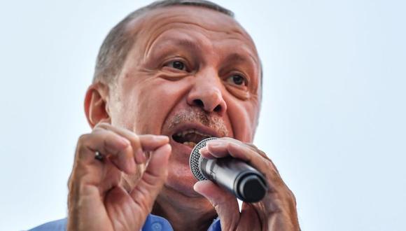 Recep Tayyip Erdogan, el poderoso presidente turco mide sus fuerzas en los comicios más reñidos. (Foto: AFP)