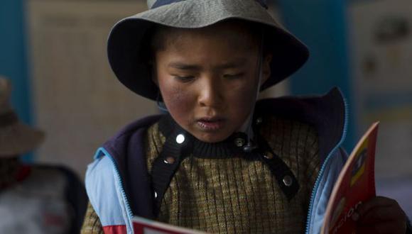 Empresarios felicitan mejora de alumnos en comprensión lectora