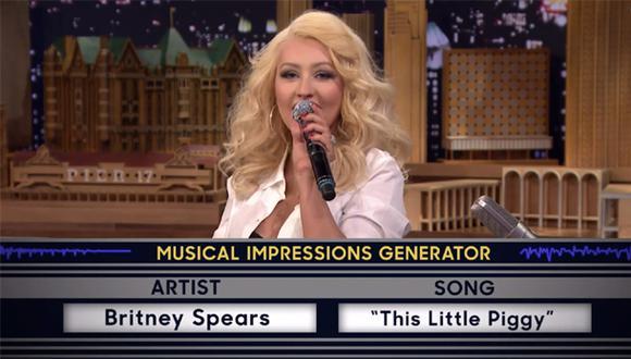 Christina Aguilera imita a la perfección a Britney Spears