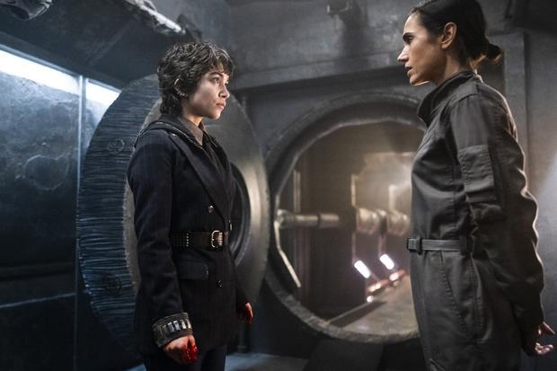 "Will Alex see his mom again in season 3 ""Snowpiercer""?  (Photo: TNT / Netflix)"