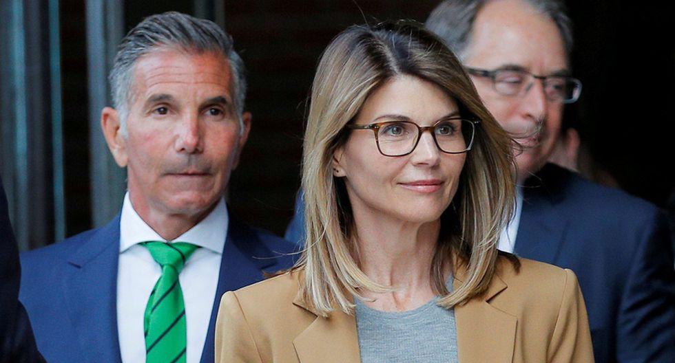 Mossimo Giannulli y Lori Loughlin en corte en Boston. (Foto: Agencias)