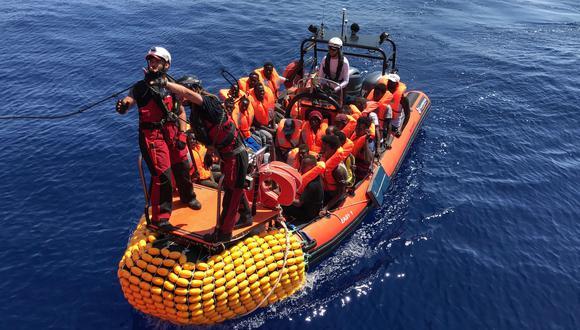 Médicos Sin Fronteras es una de las dos organizaciones encargadas de operar el Ocean Viking, el barco que rescató a 356 personas del Mediterráneo. (AFP)