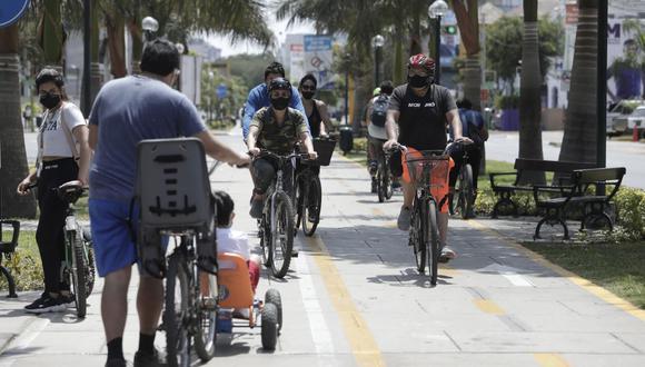 Durante el Día del Padre 2021 solo se podrá  salir  en bicicleta o a pie para adquirir productos de primera necesidad. (Foto: Jéssica Vicente/ GEC)