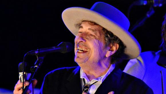 """Dylan anuncia que no recogerá el Nobel por """"otros compromisos"""""""