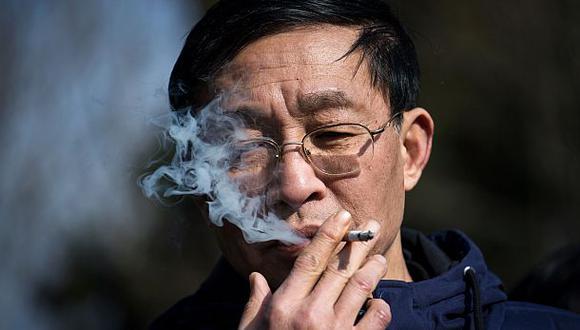 Fumar debilita un gen que protege las arterias, según estudio
