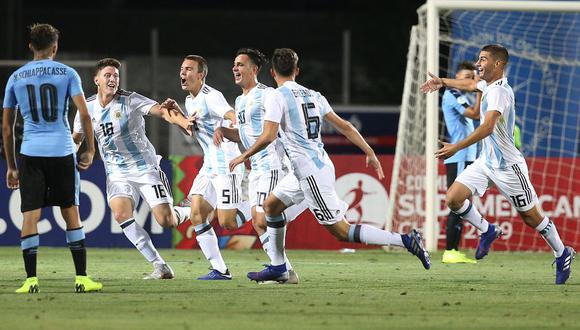Argentina venció a Uruguay 1-0 este jueves y puso al rojo vivo la definición del Grupo B del Campeonato Sudamericano Sub-20 de Chile. (Foto: AFP)