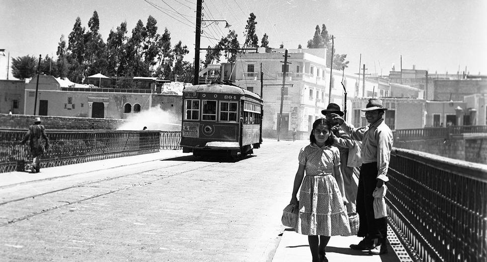 Postal de 1957 cuando los tranvías eléctricos eran el servicio de transporte preferido por los arequipeños. Foto: GEC Archivo Histórico