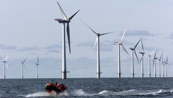 Parques eólicos marinos pueden debilitar a los huracanes