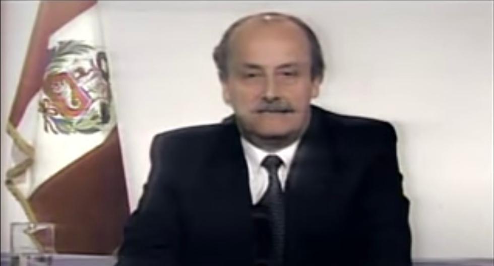 """El 8 de agosto de 1990, Hurtado Miller anunció el shock y remató en mensaje diciendo: """"Que Dios nos ayude"""". (Foto: Captura)"""