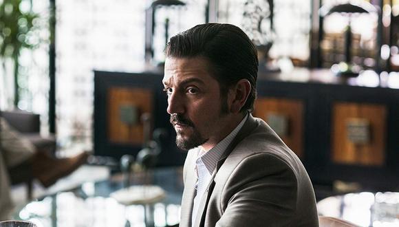 El actor mexicano Diego Luna interpreta al narcotraficante Miguel Ángel Félix Gallardo (Foto: Netflix)