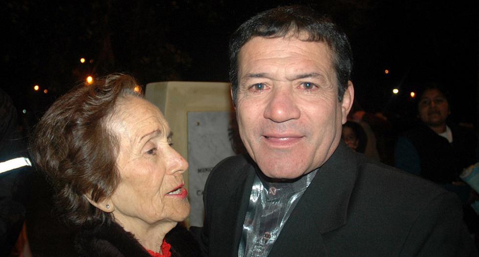 Miguel Barraza con su madre Julia Hora (Foto: GEC Archivo)