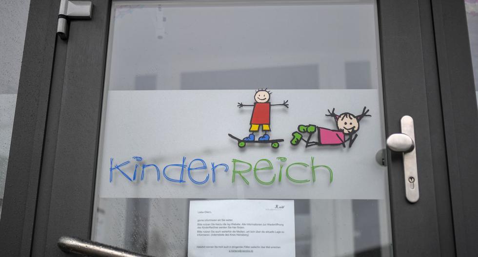 Una pareja contrajo el coronavirus. La esposa trabajaba en un jardín de infantes, por lo que  se han cerrado todas las guarderías infantiles. (Foto: AFP)