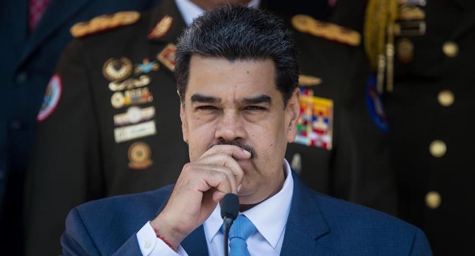 "Venezuela denounces Facebook's ""digital totalitarianism"" for blocking Maduro's page"