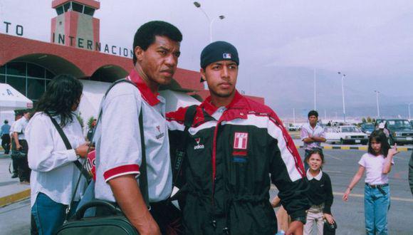 Julio César Uribe convocó a Julio Edson Uribe, su hijo, al Sudamericano Sub 20 2001 y también a la Copa América disputada ese mismo año (Foto: GEC)