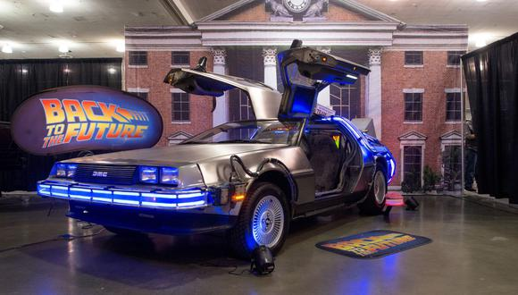 """Ron Cobb fue el encargado de diseñar el mítico vehículo """"DeLorean"""", capaz de transportarte por el tiempo. (Foto: Josh Edelson / AFP)"""