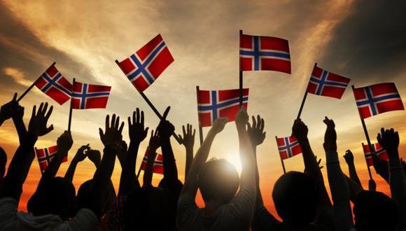 El país noreuropeo fue colocado en el número 1 del Informe Mundial de la Felicidad 2017, en el cual Estados Unidos ocupa el lugar 14. (Foto: AFP)