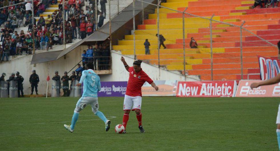 Ronaldinho: las postales del Cienciano contra Sporting Cristal - 24