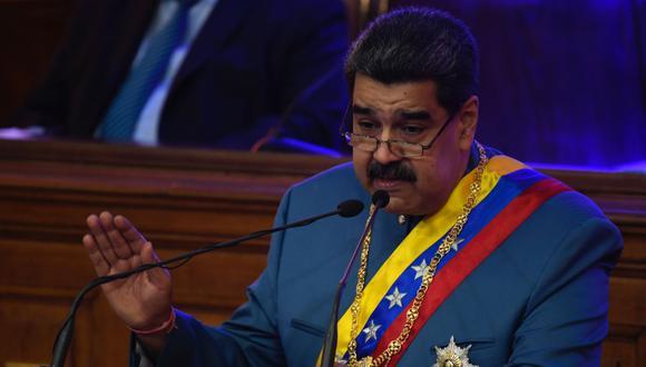 Nicolás Maduro ordenó ayudar a Manaos, la mayor ciudad de la Amazonía brasileña, con oxígeno ante el colapso hospitalario por coronavirus. (Foto: Federico Parra / AFP).