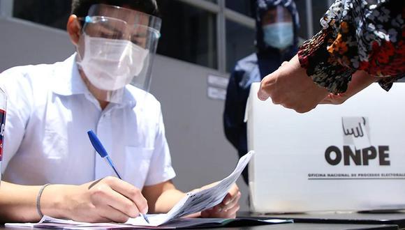 ONPE pidió a los ciudadanos que se rijan al itinerario para ir a ejercer su voto con el objetivo de evitar una mayor propagación del virus (Foto: ONPE)