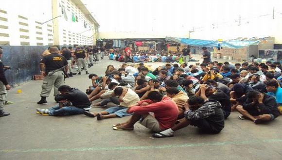 Incautan celulares y armas cortantes en el penal de Río Seco