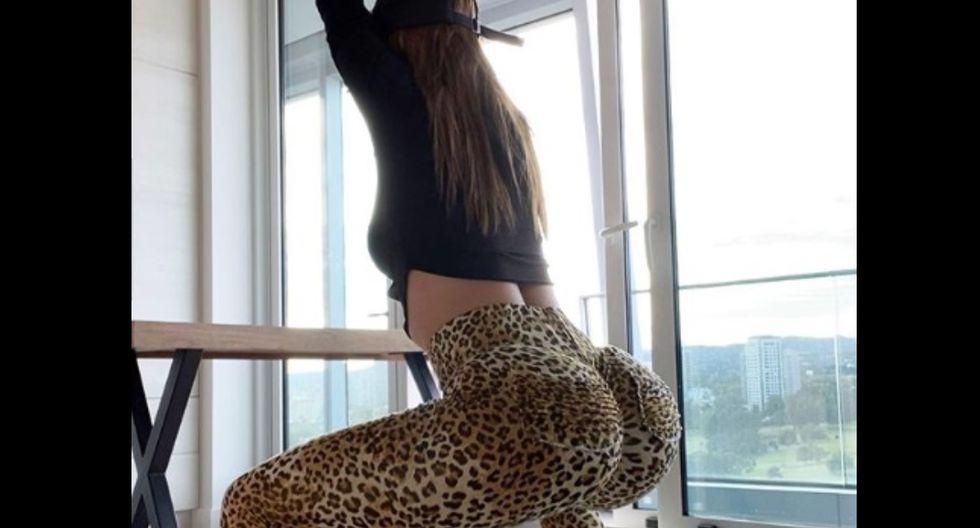Yanet García, conocida como la 'chica del clima más sexy del mundo', se animó a mostrar una sencilla rutina de ejercicios que sirve para reafirmar los glúteos y que se puede llevar a cabo sin salir de casa. (Foto: Instagram)